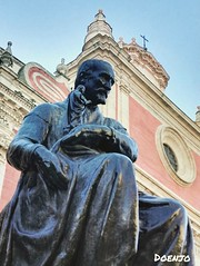 Monumento a Martínez Montañés. (Doenjo) Tags: escultura sevilla instagram