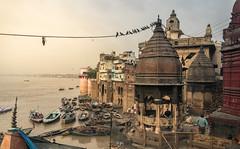 LaIndia2016-8.Varanasi-147 (Jorge kaplan) Tags: 2016 india viaje varanasi benares ganges urban urbana ciudad city nikon d750 nikkor 28300mm f3556