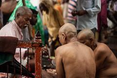 Varanasi, India (Aicbon) Tags: verde varanasi hindu river ganges ganga rioganges water monsoon monzn benares people lluvia raining