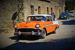 Colonia del Sacramento un lugar mgico (Vernica Oliver) Tags: orange auto uruguay colonia naranja car