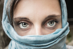 Eyes (Valentina Conte) Tags: eyes woman prtrait closup people canon100d rebelsl1 valentinaconte scarf veil blue