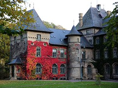 Alnarps Castle Sweden (Ingrid Friis Photo) Tags: alnarp lomma sweden frger colors park slott castle lyktstolpe lightpole