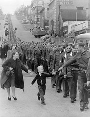 "#""Wait for Me, Daddy."" Warren runs to his father, Pvt. Jack Bernard, Canada, 1940. [880 X 1137] #history #retro #vintage #dh #HistoryPorn http://ift.tt/2fms0y0 (Histolines) Tags: histolines history timeline retro vinatage waitformedaddy warren runs his father pvt jack bernard canada 1940 880 x 1137 vintage dh historyporn httpifttt2fms0y0"