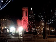 Sainté place Jean Jaurès (gato_bond) Tags: extérieur ville city church église place nuit lumières light night illuminations fte noël olympus olympusomdem1 flickr instagram