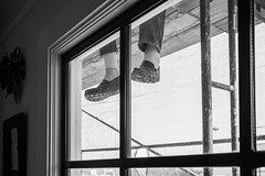 20161108-41002834-Edit.jpg (Ed Rudolph) Tags: scaffolds windows funny painters feet shoes