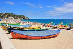 Els Llaguts de Rems (Bernard Bost) Tags: 2016 canon espagne espanya spain catalogne catalunya catalonia lloretdemar plage beach mer sea mditerrane mediterranean barque rowingboat llagutsderems