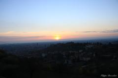 Sunset in Verona (brizz98) Tags: nofiltro sunset tramonto sky verona city città dallalto vastità infinito infinity canon natura nature amore love colours colori colore blue green yellow red skyline allaperto cielo nuvola