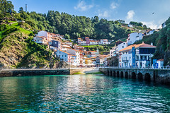 Village de Cudillero (Voyages Lambert) Tags: tourism coastline facade multicolored famousplace architecture viewpoint asturias spain europe hill valley atlanticocean sea roof harbor cityscape village town cantabrian cantabrico cudillero