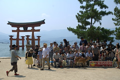 Group photo Miyajima shrine