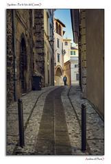 Spoleto - Per le Vie del CentrO (Andrea di Florio (5,000,000 views)) Tags: street nikon ponte romano chiesa e piazza duomo spoleto bianco nero umbria interno torri scultura delle religione d600 lucenaturale andreadiflorio