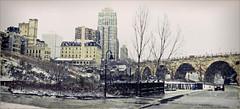Minneapolis MN STREET SCENE...... THANKSGIVING 2015 (strandviewphotos) Tags: mississippiriver stonearchbridge minneapolismn top20bridges