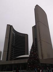 Toronto City Hall (generalpictures) Tags: cityhall christmastree downtowntoronto torontoontario newcityhall cityoftoronto