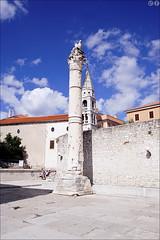 Roman column (gwennan) Tags: zadar gradzadar cityofzadar croatia walks autumn ancientrome roman color colors nature vacation outdoor building architecture