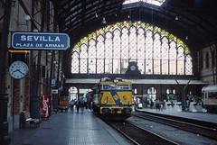 Seville P. de Armas (DH73.) Tags: seville plaza de armas railway station renfe 269253 honeywell pentax h3v 55mm super takumar kodachrome 64