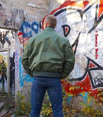 self3099 (Tommy Berlin) Tags: men jeans levis bomberjacke alphajacke butt ass ars