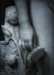 flowers (Marat Elkanidze) Tags: metropolitanmuseum sculptures clytie williamhenryrinehart