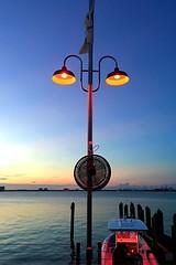 Miami by night (claudioolé) Tags: pole fun streetlight lampione barca mare sera tramonto miami florida luce light lamp post sunset night sea boat holiday vacanze vista
