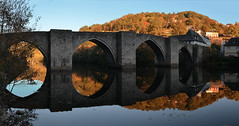 France - Aveyron - Entraygues (AlCapitol) Tags: france aveyron entraygues nikon d800 pont bridge automne autumn rivire river