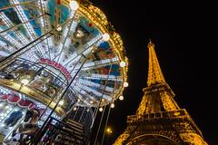 Atracciones varias (Juan Ig. Llana) Tags: paris ledefrance francia torreeiffel tiovivo carrusel atracciones noche nocturna