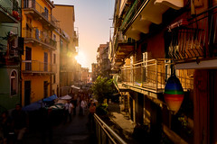 Manarola (CROMEO) Tags: manarola cinque terre italy italia route path hiking sun sunset nice weather cromeo cr photo photography view street people turismo turism turistico euro europe ue nikon