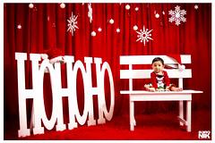 Hohoho (B3RONIK FOTOGRAFIA) Tags: xmas christmastime christmasphotoshoot christmas kid firstchristmas hohoho navidad setnavideño christmasset b3ronikfotografia veronicabolañosfotografia guatemala madeinguatemala snow studiophotoshoot love