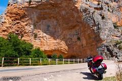Hoces del Rio Mesa (DOCESMAN) Tags: bike rio honda canyon zaragoza moto motorcycle aragon motor roca hoces deauville motorrad cañon motorcykel desfiladero riomesa moottoripyörä congosto motocykel motorkerékpár jaraba nt700v algardemesa ntv700 docesman mototsikl danidoces