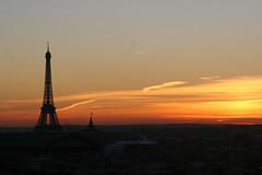 coucher de soleil parisien (kromorel) Tags: sunset paris france canon eos350d canontop