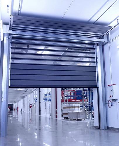 Надійні промислові швидкі ворота SST Efaflex