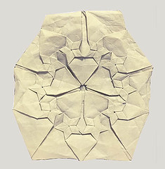 Pentastar circle 1.1 (o'sorigami) Tags: art paper origami complex tessellation tesselation paperfolding folding