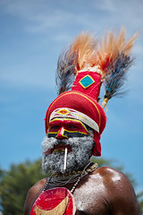 Goroka Show 39 (travelationship) Tags: travel travelationship travelphotography papuanewguinea png gorokashow goroka easternhighlandsprovince singsing tribe culturalshow