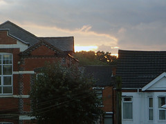 2016_10_200004 (Gwydion M. Williams) Tags: coventry britain greatbritain uk england warwickshire westmidlands chapelfields sirthomaswhitesroad sunrise