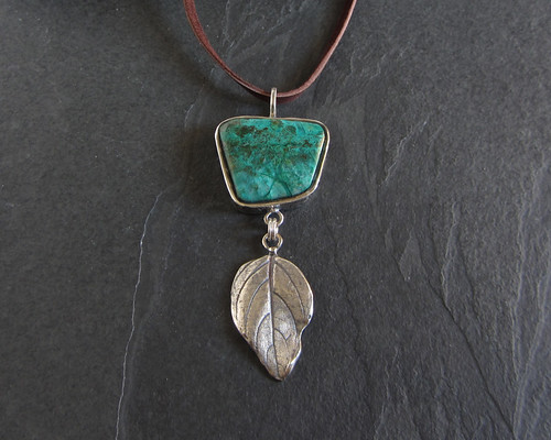 Leaf necklace with chrysocolla