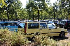 Volvo Klassieker Beurs 2016 (SKANDIX) Tags: volvop1800 volvo volvo122 vintagecar volvop210 volvoduett volvoamazon volvo140 volvo142 850 200 oldtimer youngtimer vintagevolvo klassiker brse messe ausstellung