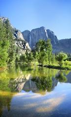 Yosemite Falls Over the Merced River - Yosemite (Bruce Lemons) Tags: yosemite yosemitenationalpark yosemitevalley california sierra sierranevada mountains hike backpacking hiking wilderness yosemitefalls swingingbridge mercedriver waterfalls reflection