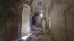 DSCF0051 glise monolithe d'Aubeterre-sur-Dronne (Charente) (Thomas The Baguette) Tags: aubeterresurdronne charente france monolith cave church tympanum glise glisenotredame saintjacques caminodesantiago sexyguy chateau cloister minimes mithra mithras cult