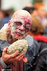 marche des zombies (photolenvol) Tags: zombie zombiewalk placedesfestivals quartierdesspectacles halloween monstre revenant mortvivant