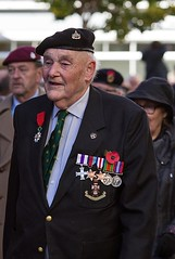 Military Cross, Green Howards, Remembrance Sunday, Canterbury, 13 Nov 2016 (chrisjohnbeckett) Tags: greenhowards militarycross medals soldier beret red remembrancesunday canterbury street portrait canonef135mmf2lusm chrisbeckett war peace photojournalism global remembering yorkshireregiment poppy