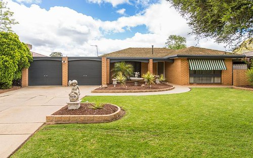 9 Gregory Crescent, Lake Albert NSW 2650