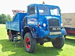 275 Bedford QL (Heavy) Recovery Truck (1945) (robertknight16) Tags: bedford british 1940s ql truck lorry wrecker military luton xsu474