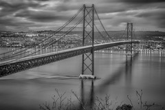 Ponte 25 Abril (Salazar) Armando Leitão AL196265-1 (Armando AL) Tags: ponte 25 abril salazar rio tejo agua pb lisboa portugal armandoal bridge river water lisbon