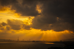 Sunset (Explore) (Salva Pags) Tags: sunset barcelona barcelonaskyline taronja naranja orange nube nuvol nuage cloud clouds tarde afternoon elmasnou