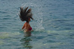Playing with Your hairs (Marco Palanca) Tags: sirenetta capelli acqua mare