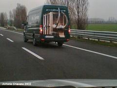 2003 autostrada (antosti) Tags: alberi nikon cielo coolpix asfalto cassa autostrada furgone piazzola dipinto 775 trasporto veicolo