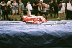 bloody shirt (pop archaeologist) Tags: blur film shirt table fuji audience bokeh horizon depthoffield tarp fakeblood nikonf4 natura1600 bushwig performanceset