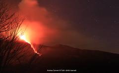 Fuoco divino (andreamutencarveni) Tags: italy stars volcano sicily etna eruption catania sicilia vulcano stelle colata eruzione zafferana voragine