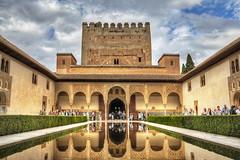Patio de los Arrayanes, Alhambra - Granada (iqipen) Tags: spain espana granada hdr spagna ahambra anadalusia nazarios