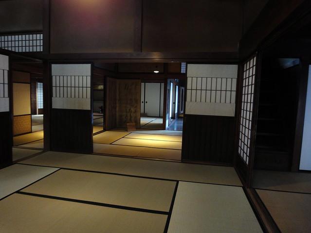 と、階段を上る前に1階部分をパシャリ。|吉島家住宅