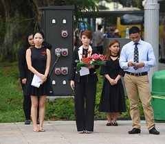 Img557591nx2 (veryamateurish) Tags: singapore remembranceday armisticeday wreathlaying cenotaph padang connaughtdrive singaporecricketclub