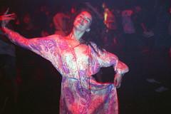(Luda Krava) Tags: dance danse party drunk woman girl crazy colorful mouvement alive smile festival mjuii olympus olympusmjuii olympusmju france french avignon