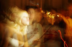 niesamowity proces transformacji w istot z dzibkiem // incredible process of transformation into a woman with a spout (stempel*) Tags: barcelona katalonia catalona kataluna espana pentax k30 50mm dzibek stout woman transformation transformacja kobieta people 7dwf